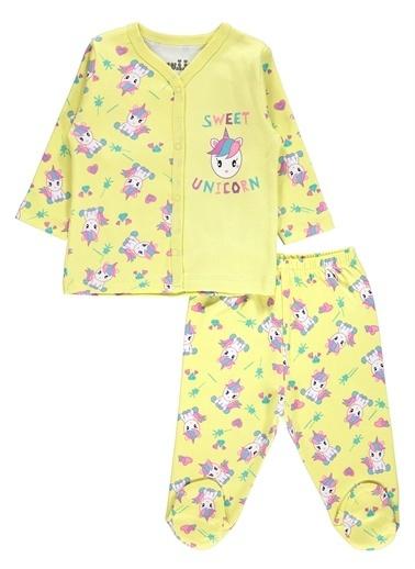 Kujju Kujju Kız Bebek Pijama Takımı 3-6 Ay Sarı Kujju Kız Bebek Pijama Takımı 3-6 Ay Sarı Sarı